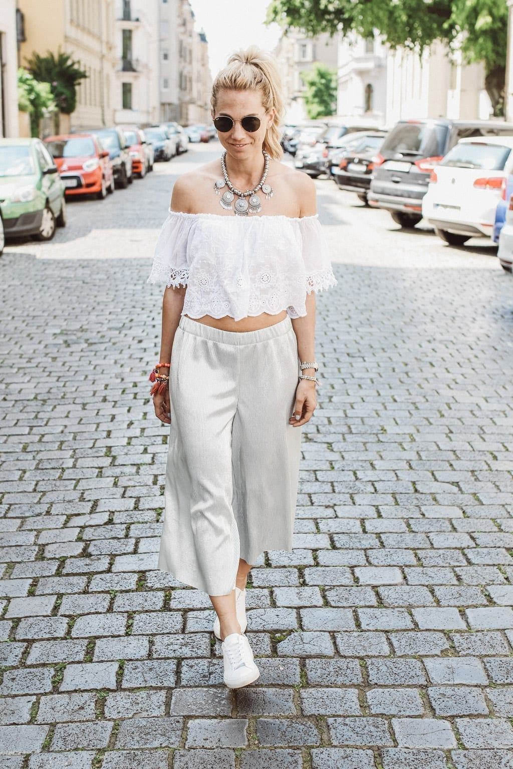 CK160511_Constantly-K-Karin-Kaswurm-Model-Spring-Street-Style-Fashion-Summer-Culotter-Silver-2