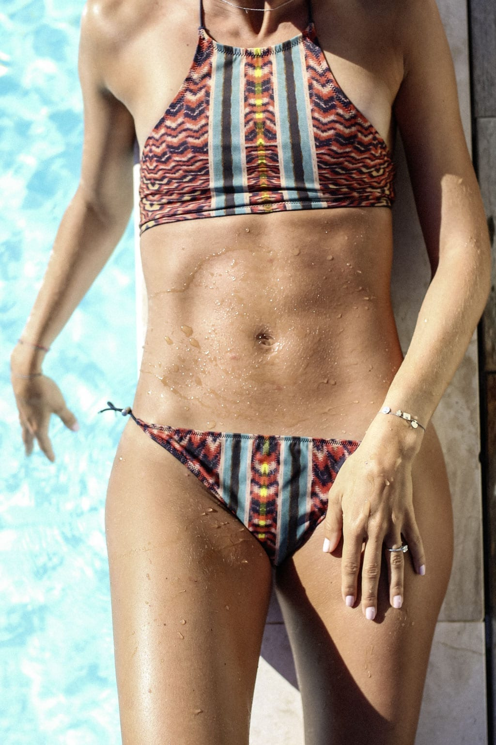 CK-1606_Sardinien-Sardegna-Sardinia-Italy-Italia-Fashion-Blog-Beach-Caribbean-Dress-Blonde-Karin-Kaswurm-Bikini-Kiini-2-2