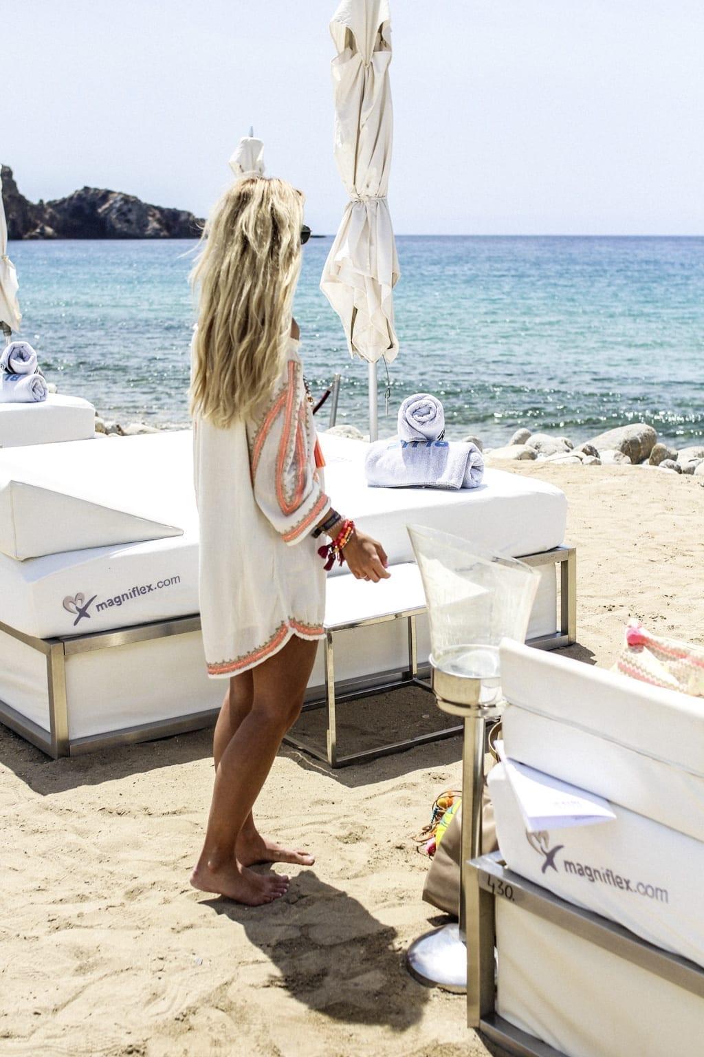 CK1605_Constantly-Blue-Marlin-Beach-Club-Ibiza-Spain-8175