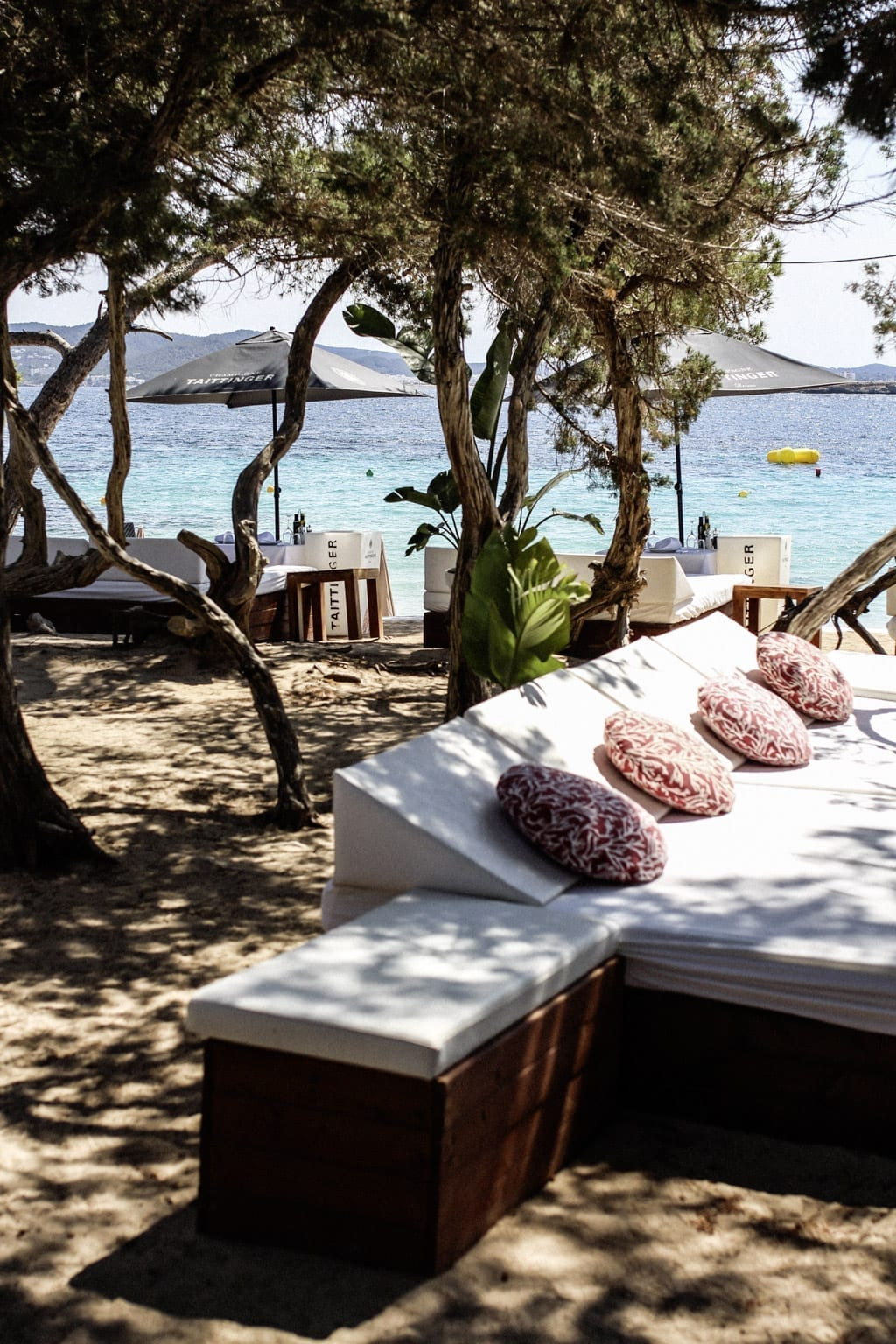 CK1605_Constantly-Cala-Bassa-Beach-Club-Ibiza-Spain-7867