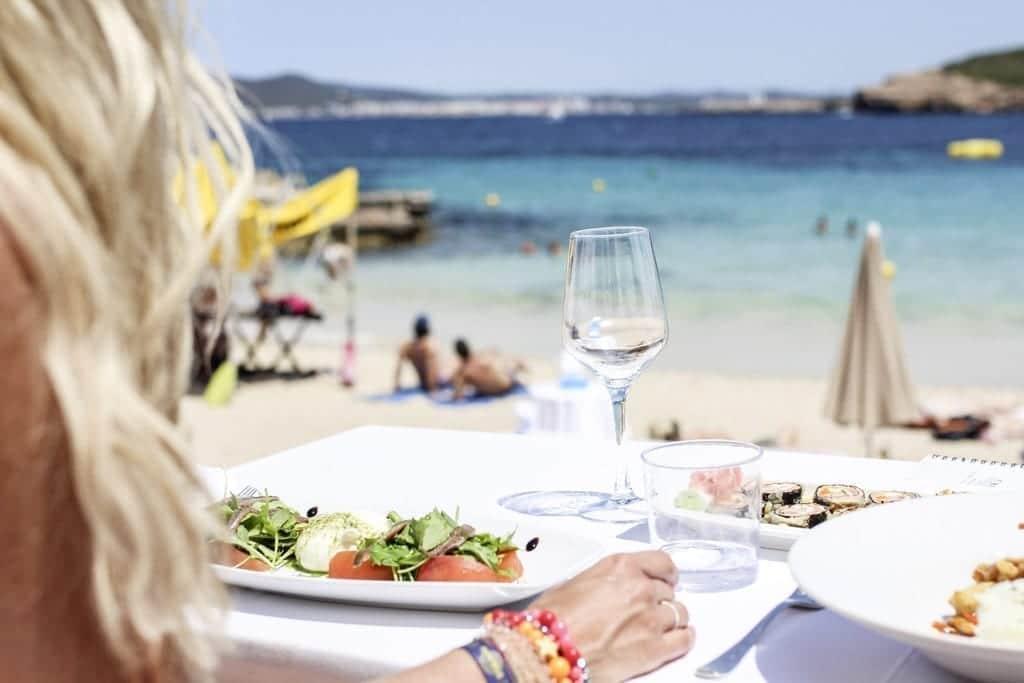 CK1605_Constantly-Cala-Bassa-Beach-Club-Ibiza-Spain-8047