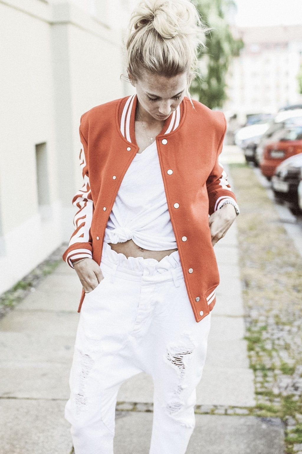 Constantly-K-karin-kaswurm-white-red-rieger-jacket-salzburg-fashion-street-style-8389