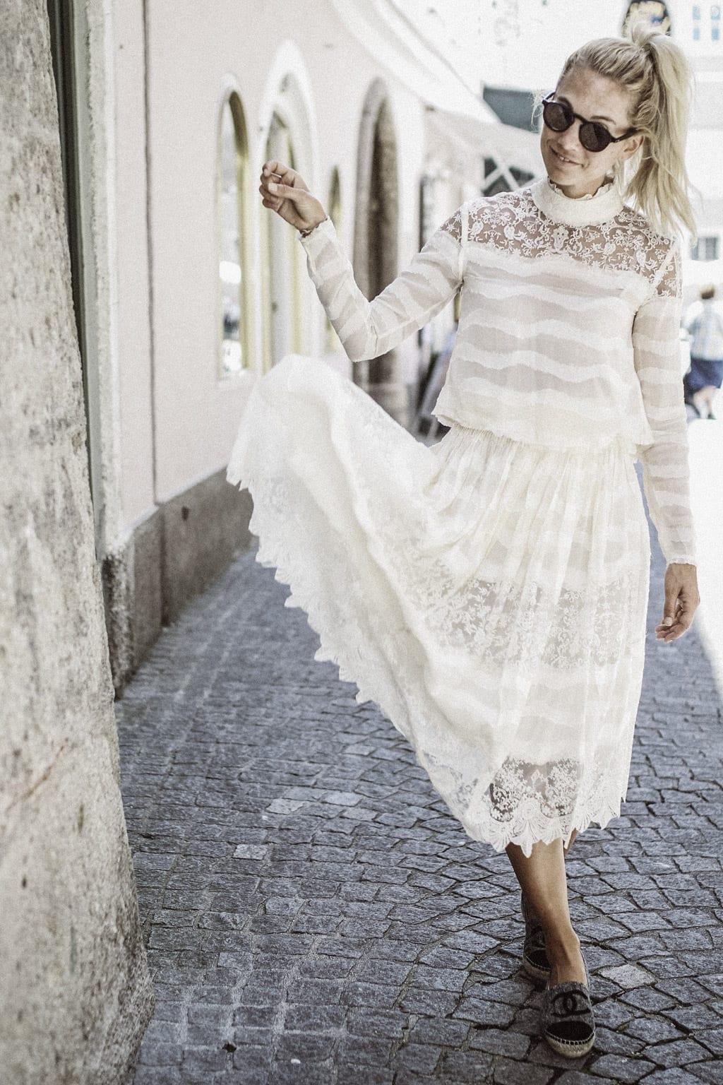 CK-1606-salzburg-austria-fashion-street-style-summer-spring-blog-karin-kaswurm-hm-kleid-2882