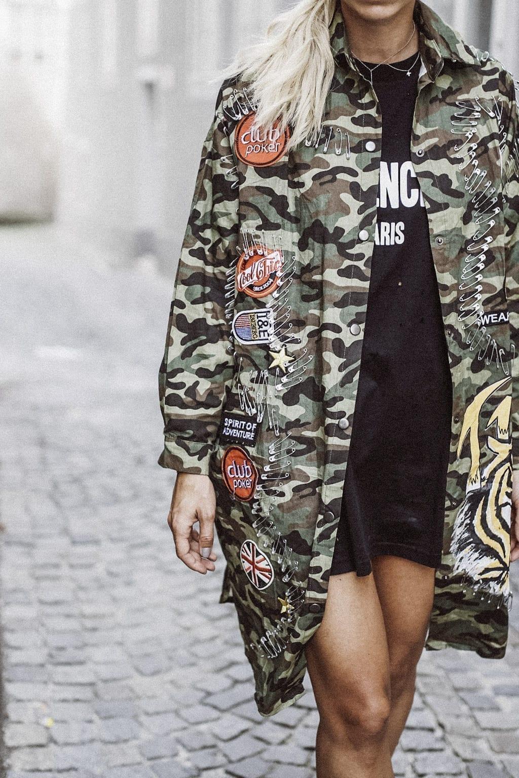 CK-1606_salzburg-fashion-street-style-look-magazine-karin-kaswurm-electric-love-2016-festival-camouflage-military-jacket-8962
