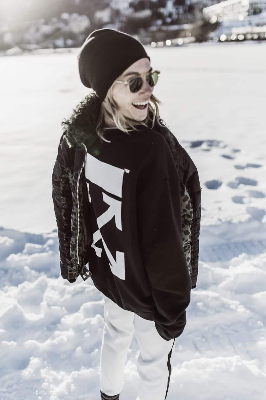 karin kaswurm unterwegs im sos skiwear outfit in st moritz